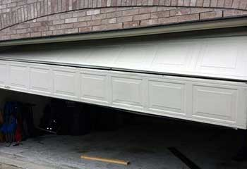 Garage Door Off Track - Honby