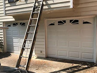 Three Things to Pay Attention to while Maintaining your Door  | Garage Door Repair Canyon Country, CA